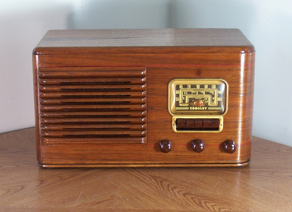 1960 likewise Kits as well Marine Push Pull Switch Wiring Diagram additionally 1974 also Roberts RT22 AM FM Transistor Radio. on transistor radios for sale